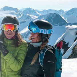 skin skiing